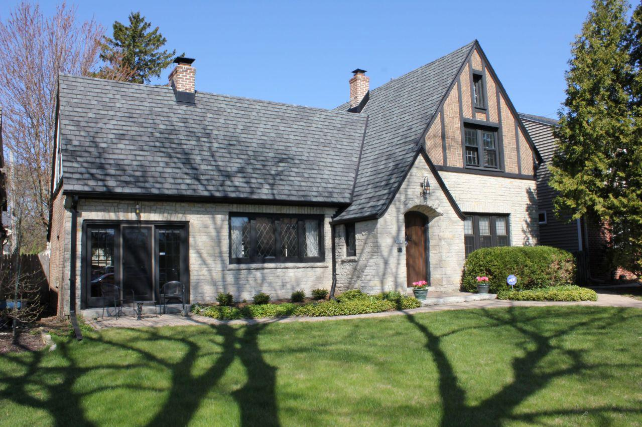 5573 N Hollywood Ave AVENUE, WHITEFISH BAY, WI 53217