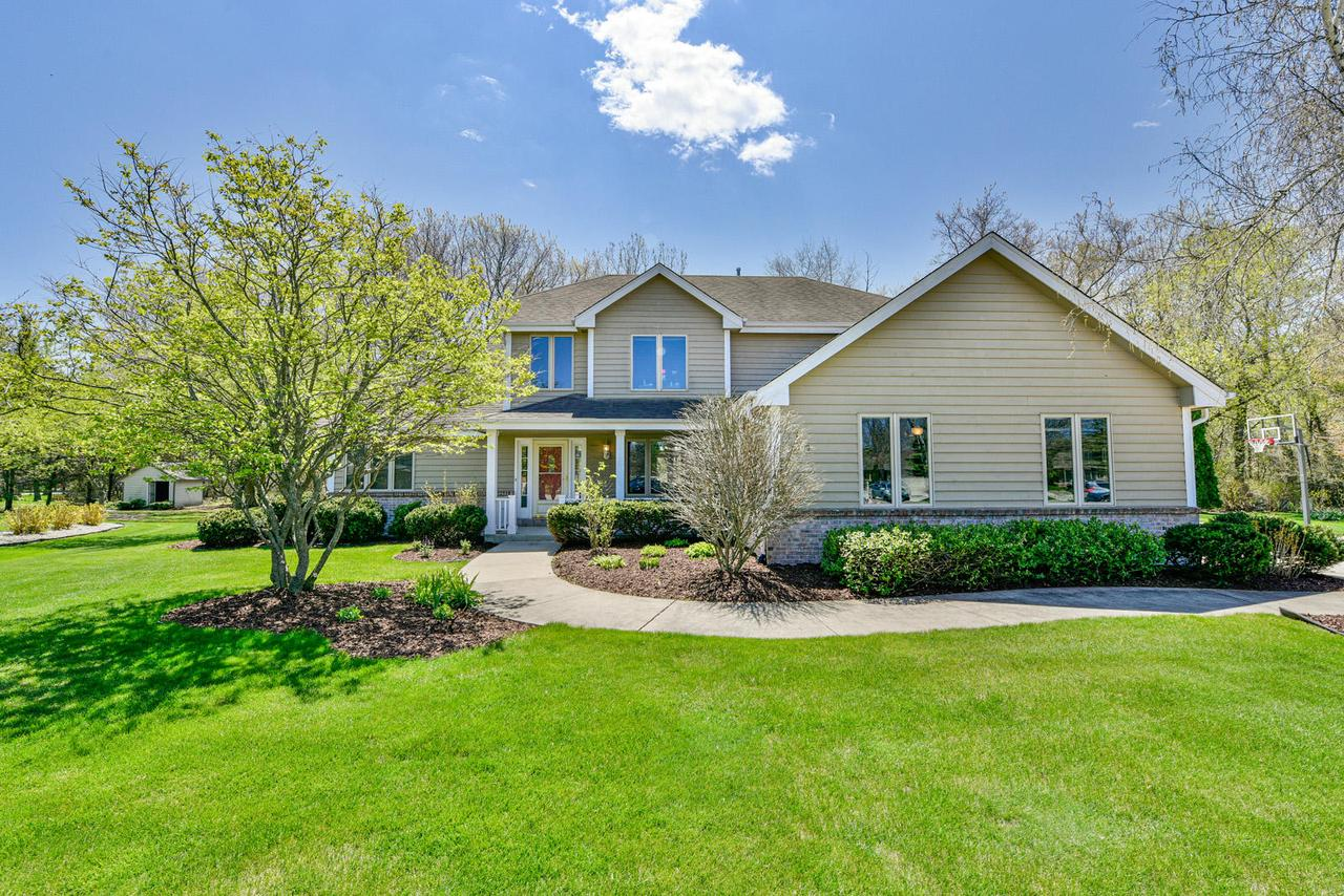 8309 Amber Cir CIRCLE, MOUNT PLEASANT, WI 53406