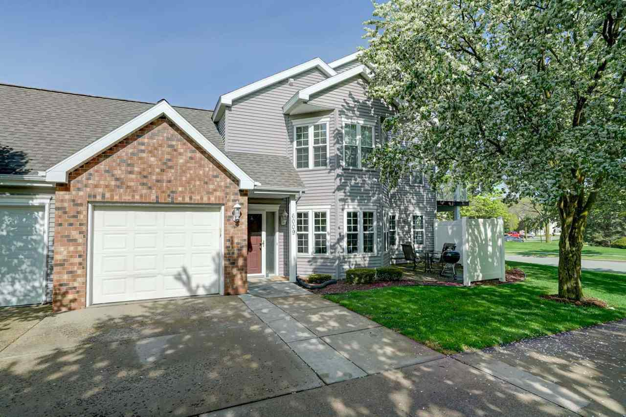 6009 Dell Dr DRIVE, MADISON, WI 53718