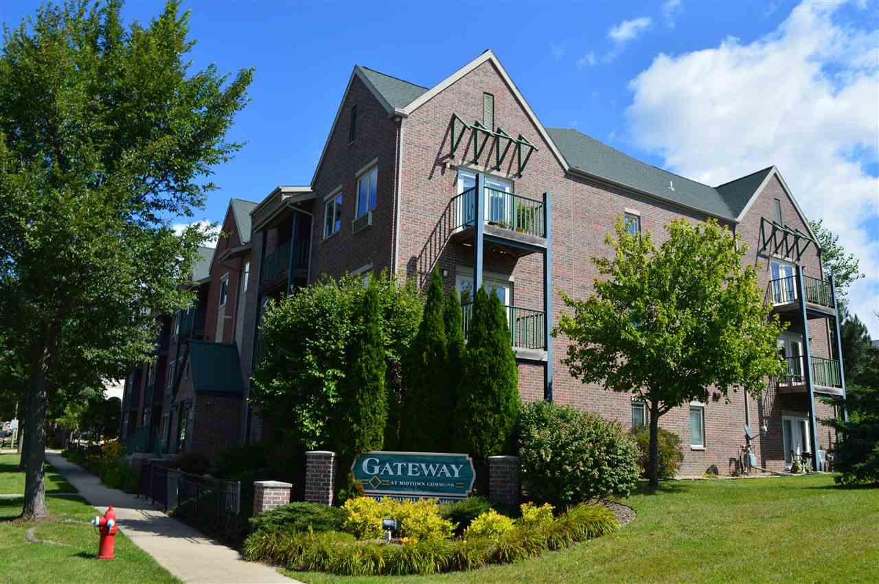 1901 Carns Dr DRIVE 105, MADISON, WI 53719