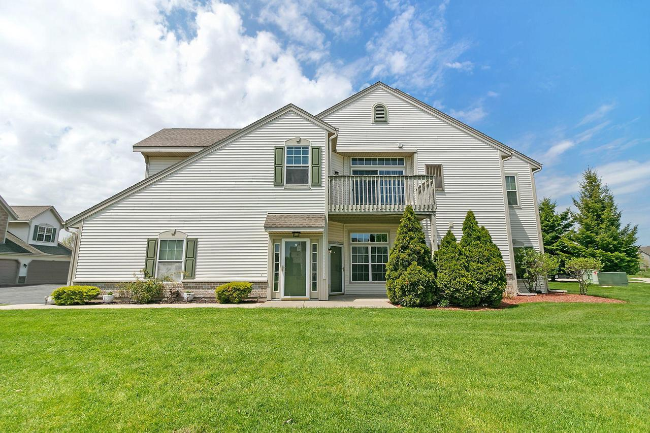 1113 Hastings Ct COURT 102, MOUNT PLEASANT, WI 53406