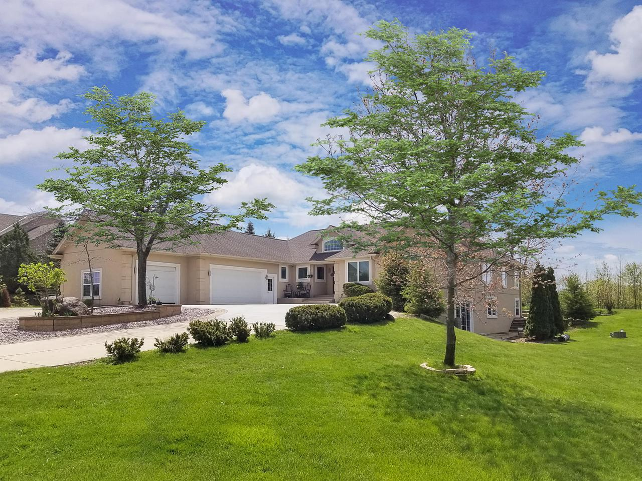 1539 Fox Hollow Ln LANE, CEDARBURG, WI 53012