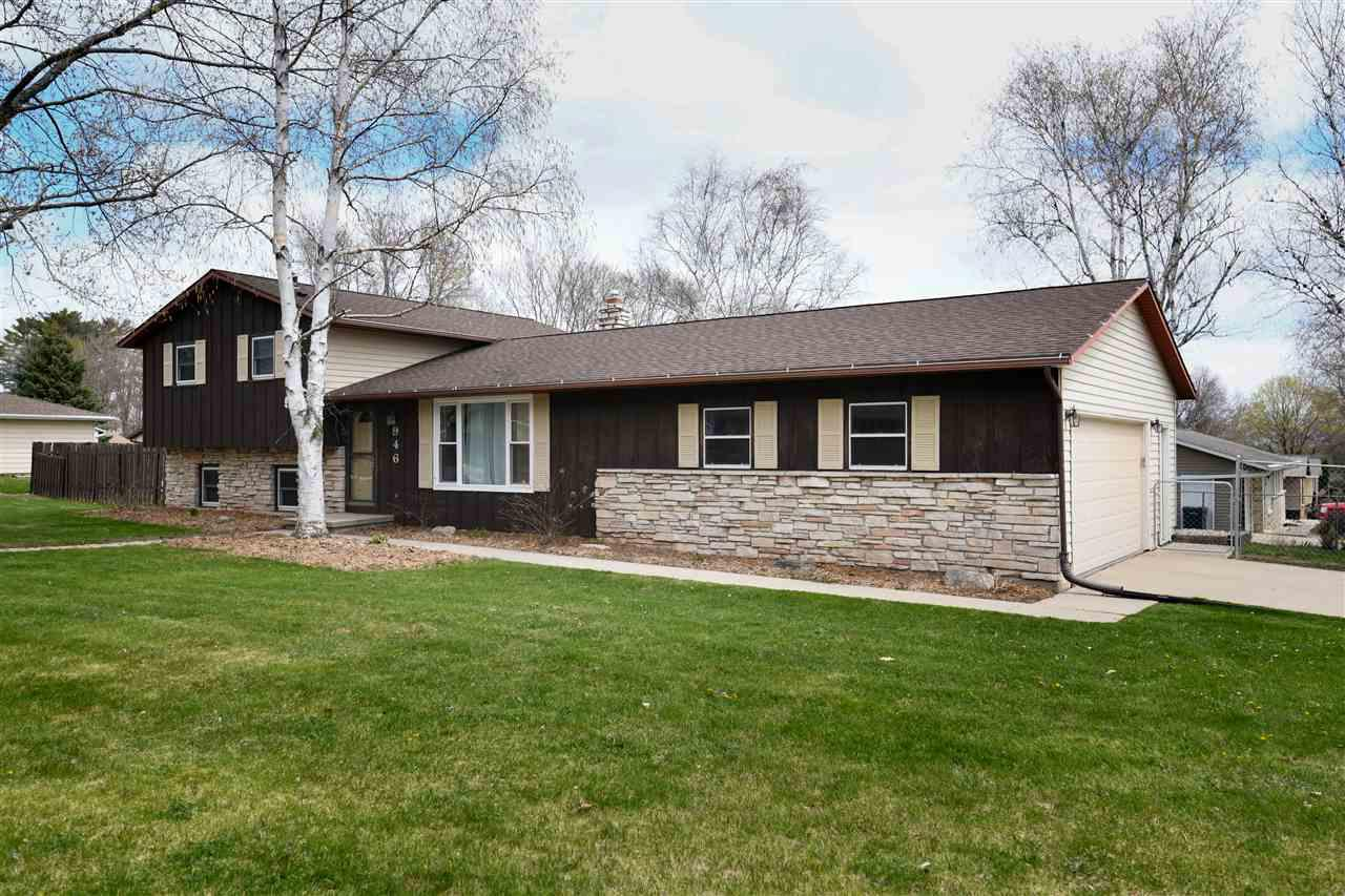 946 PAWN DRIVE DRIVE, HOWARD, WI 54313