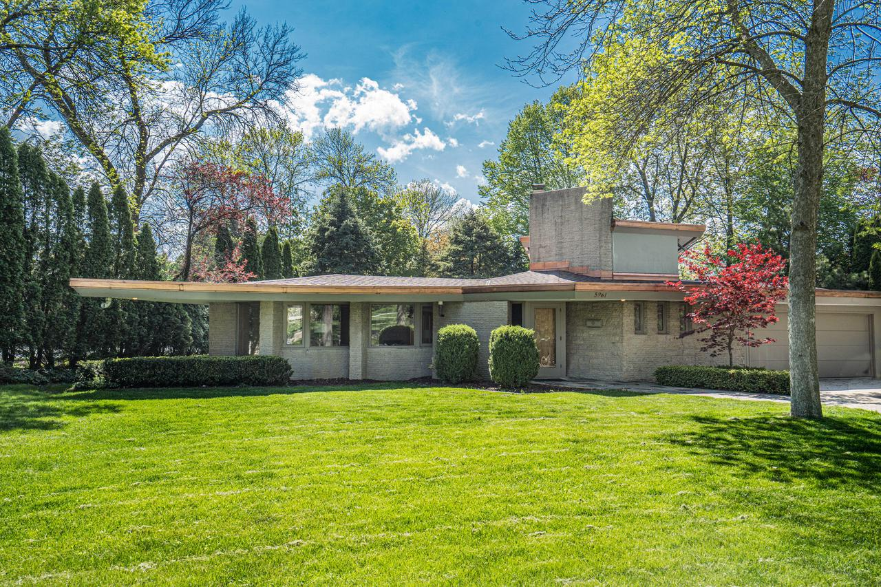5961 N Shore Dr DRIVE, WHITEFISH BAY, WI 53217