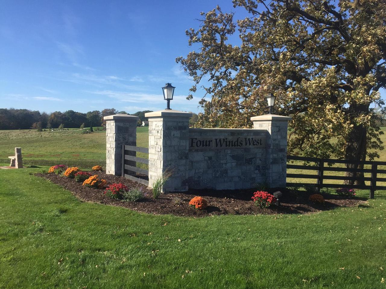 111 Sycamore Ct COURT Lot 45, HARTLAND, WI 53029