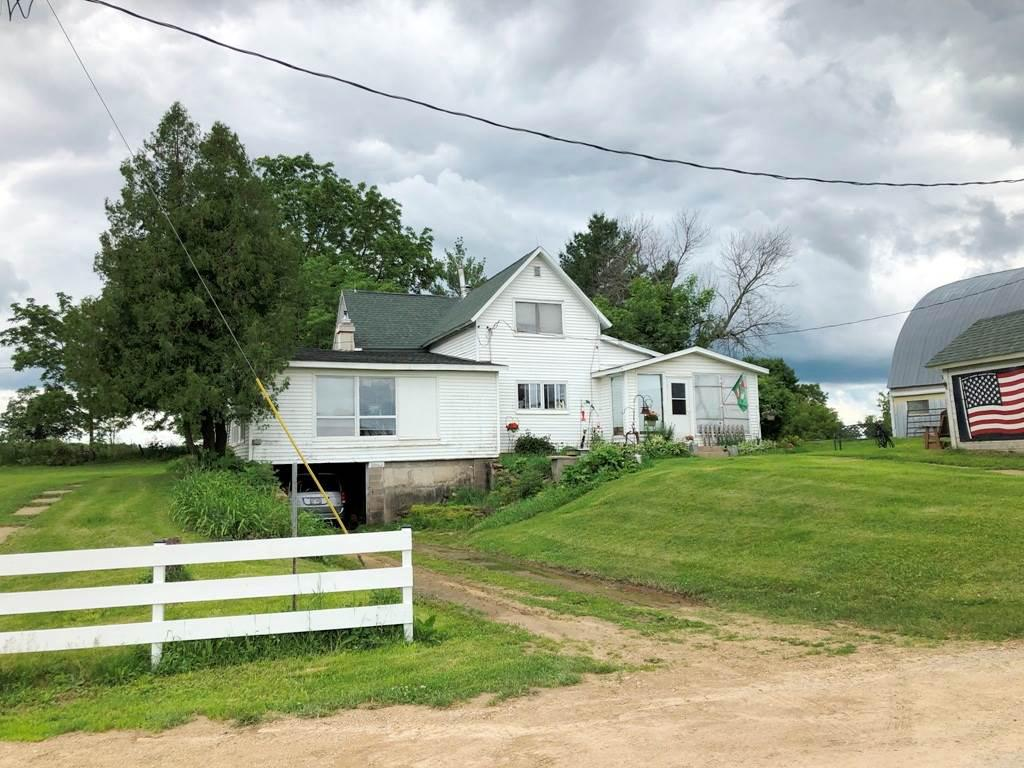 This 273+/- acre farm on a dead-end road is only 5 min. from Richland Center but feels like you?re alone in the world. Currently used as a rotational grazing dairy farm but the options are many. 95+/- acres of meandering ridgetop is grassland & 16 acres are being tilled. The FSA map shows that there are 102.6 tillable acres so crops could be increased. Hunters will appreciate the 150+/- acres of hardwoods that cloak multiple valleys and finger ridges. Water for wildlife is provided by 2 ponds in strategic valleys. One of the ponds is sizable and spring fed. Multiple farm buildings. The 4-bedroom classic farmhouse which could be a comfortable hunting lodge or a weekend retreat. If a dream home or a cabin is on your horizon, the site could be utilized to take advantage of the amazing views.