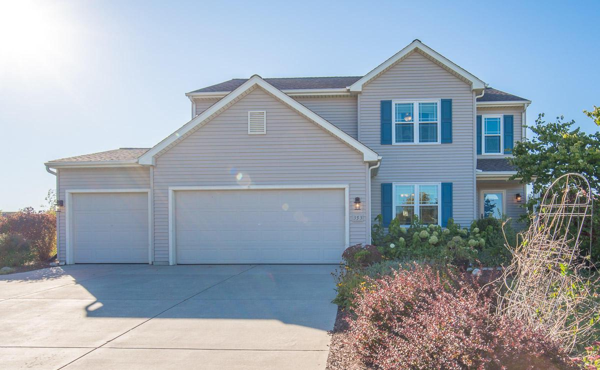This 2 story Brookstone home features the Princeton floorplan. An open concept 4 bedroom 2.5 bath home nestled in the Cedar bluffs Subdivision. Long kitchen with ample counter and cabinet space, pantry, under cabinet lighting and SS appliances. Dinette has patio doors leading to a nice sized deck. Arched dining room entrance and kitchen workstation all open to spacious LR. MBS with private bath and WIC. 3 additional generous size bedrooms on upper. 3 car attached garage. Bring your ideas to complete the LL for additional living space. Easy commute to Hwy 60 and I-41.