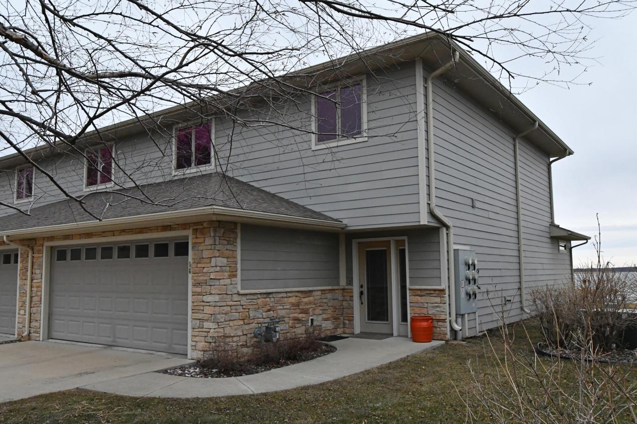 178 E Front St STREET 16, MARQUETTE, WI 53947