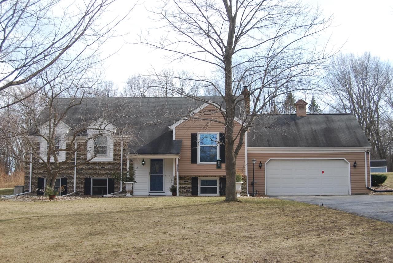 3565 Starlite Dr DRIVE, WEST BEND, WI 53095
