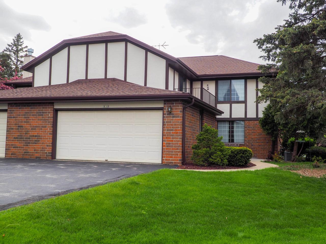 8149 S Forest Hills Cir CIRCLE C, FRANKLIN, WI 53132