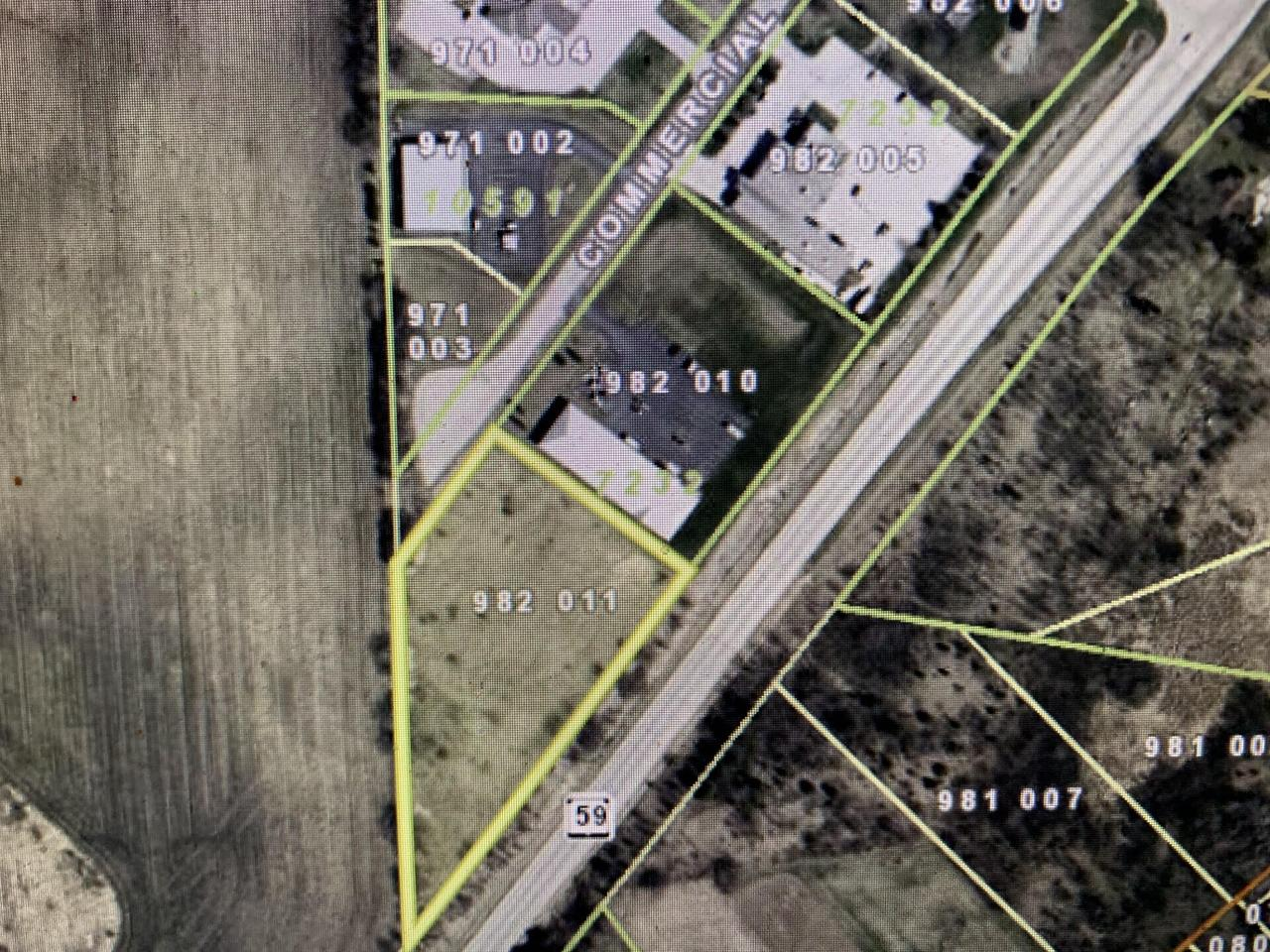 W309S4875 Commercial Dr DRIVE, GENESEE, WI 53153